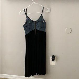 A denim/black loose dress